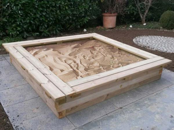 Sandkasten Konrad Kantholz-Sandkiste 300 x 300 cm