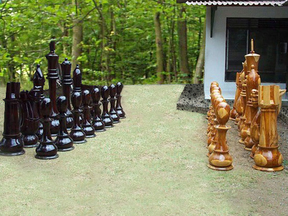 Schachfiguren aus Holz oder Plastik?